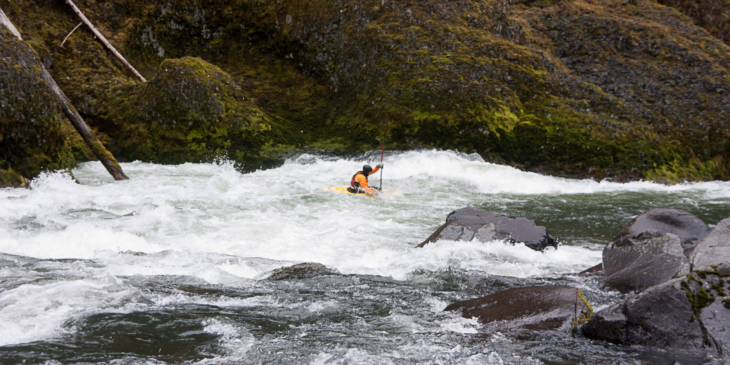 Clackamas river sun strip to bob 39 s hole whitewater in oregon for Hood river swimming pool hours
