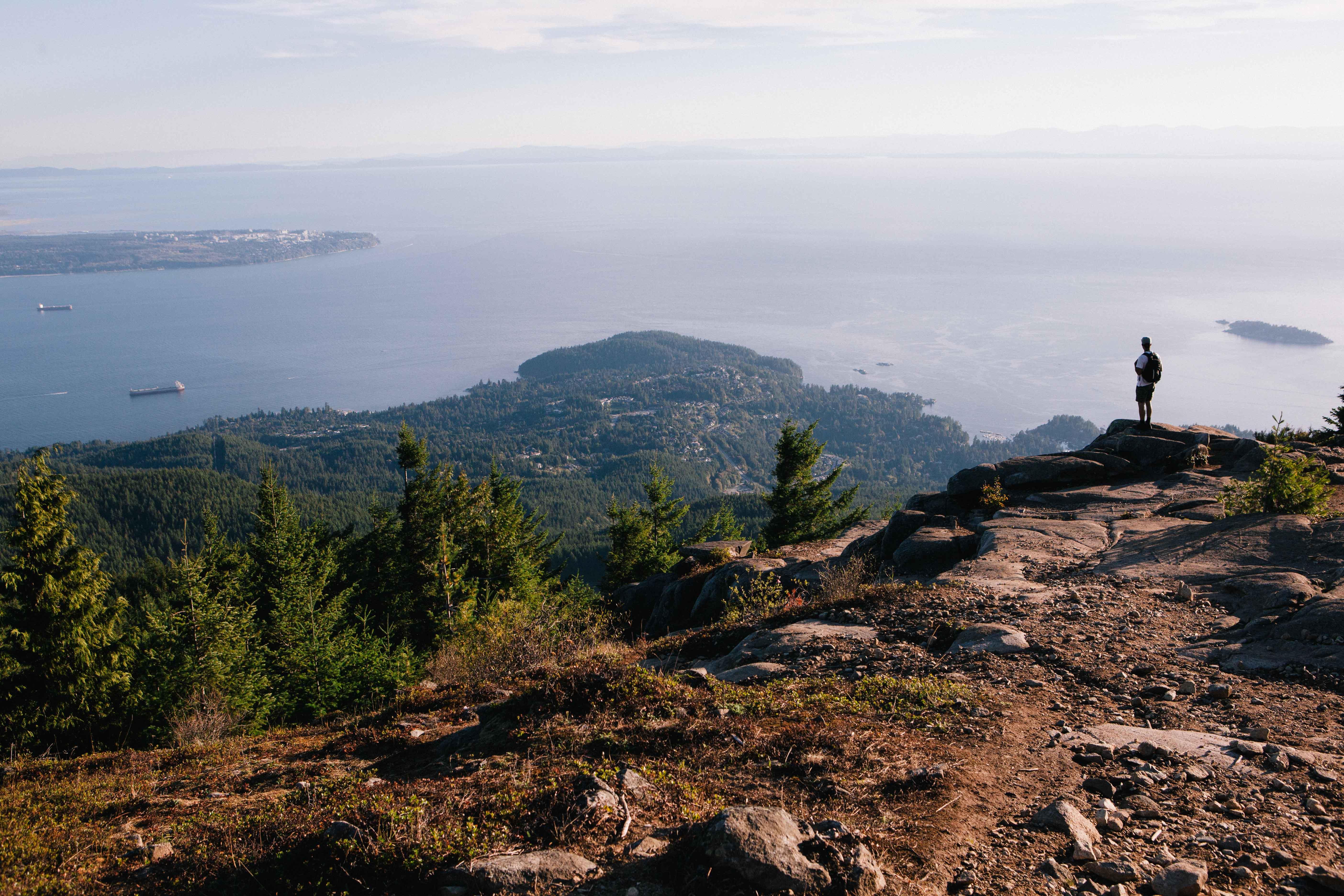 eagle bluffs hike cypress mountain vancouver hiking. Black Bedroom Furniture Sets. Home Design Ideas