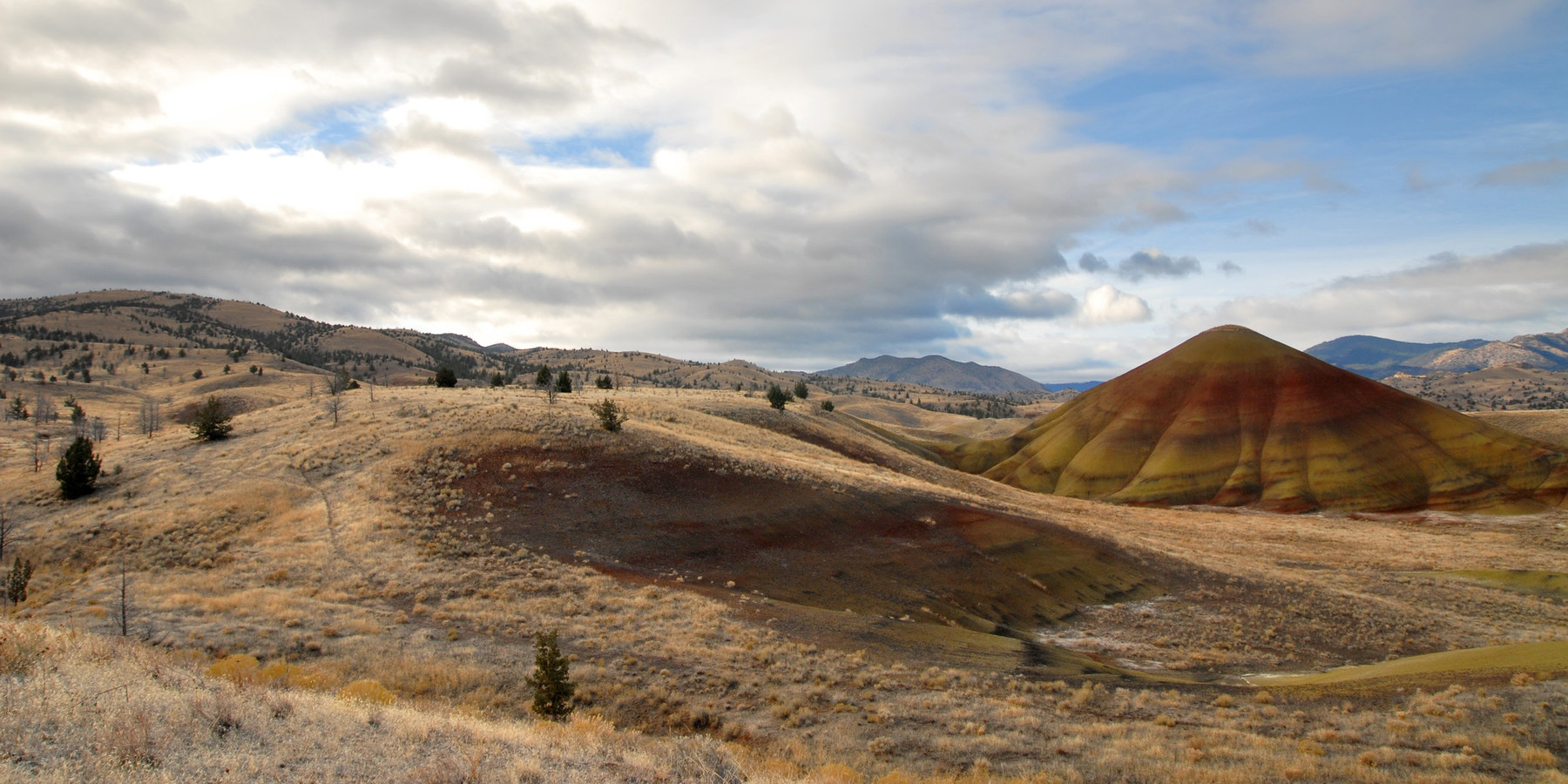 Painted Hills Unit Outdoor Project