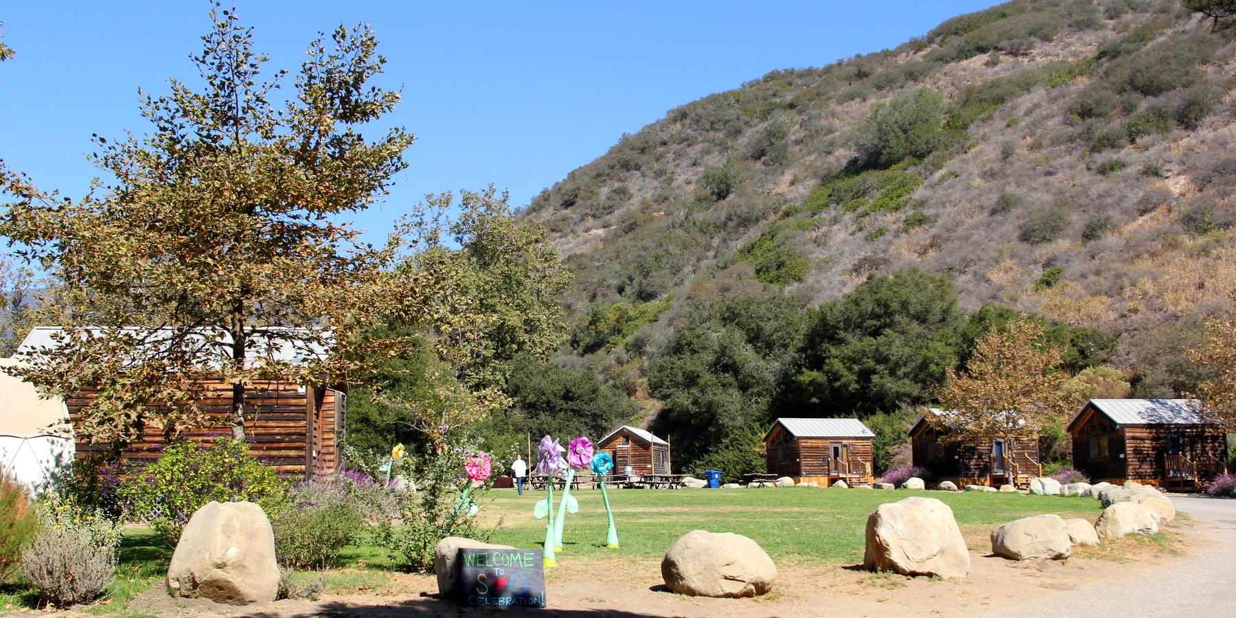 Cedar Cabins Surrounding One Of El Capitan Canyon S Open Lawn Es