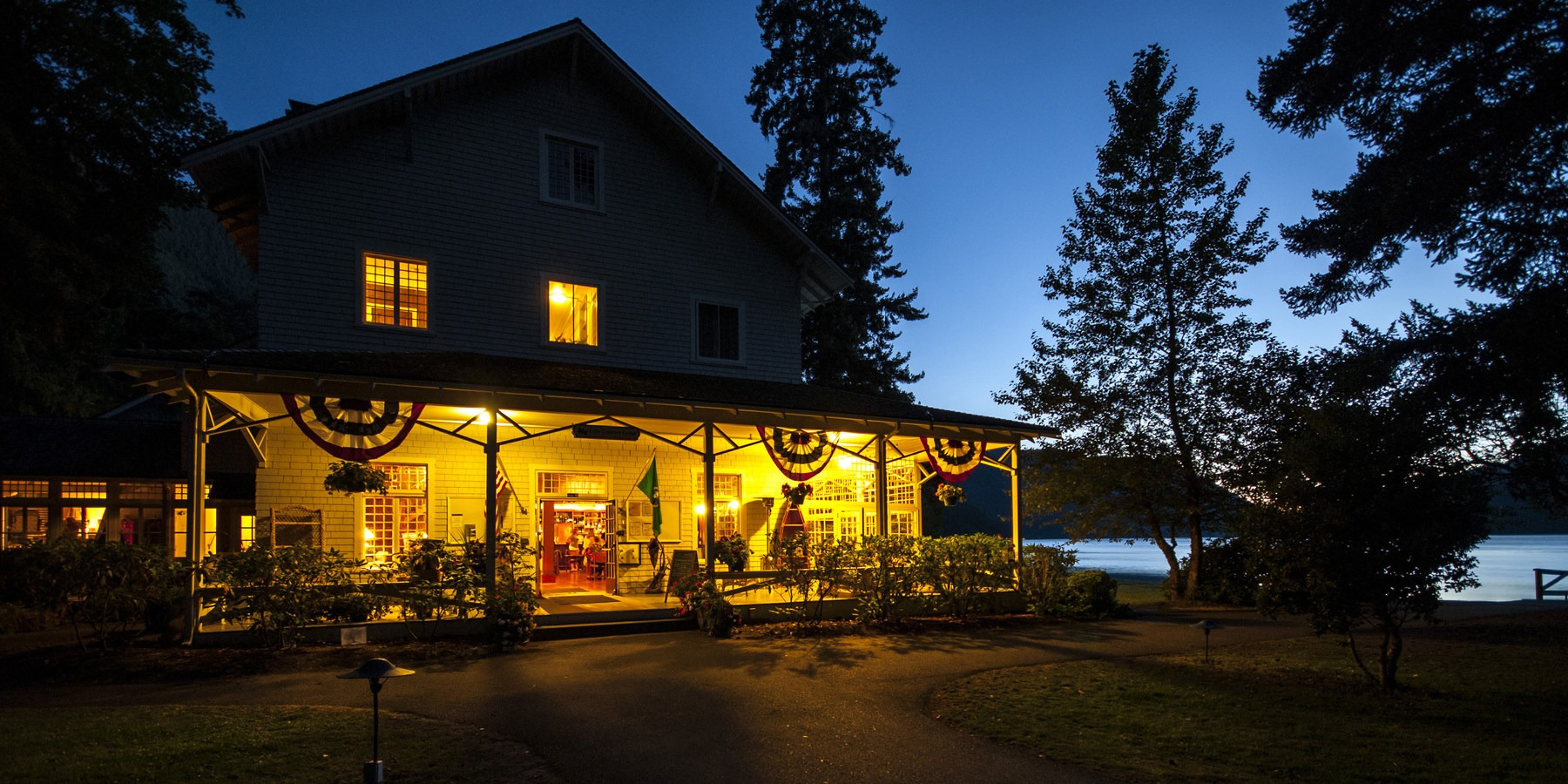 Lake crescent lodge outdoor project for Log cabin resort lago crescent wa