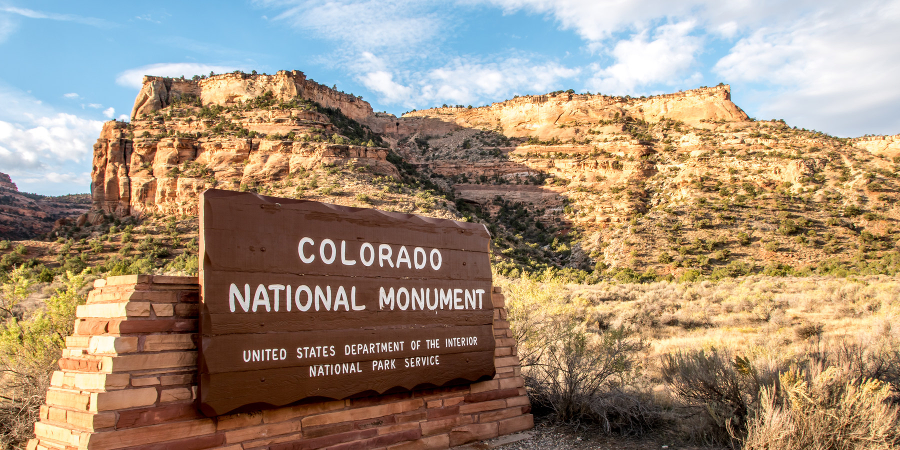 yosemite national park trails map with Colorado National Monument on Monument Valley likewise Alamere Creek Beach furthermore Colorado National Monument together with Sierra Nevada  U S in addition Mountain Image yose11563.