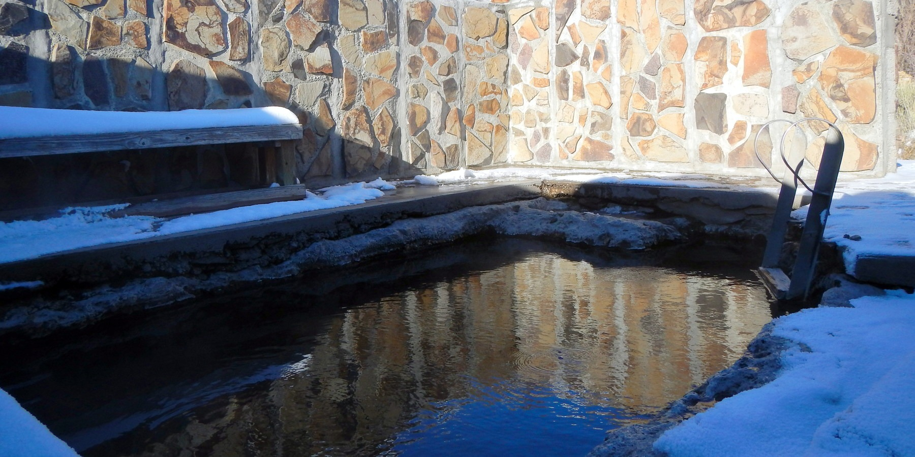 7 Off-the-Grid Hot Springs in the Western US - Wandering