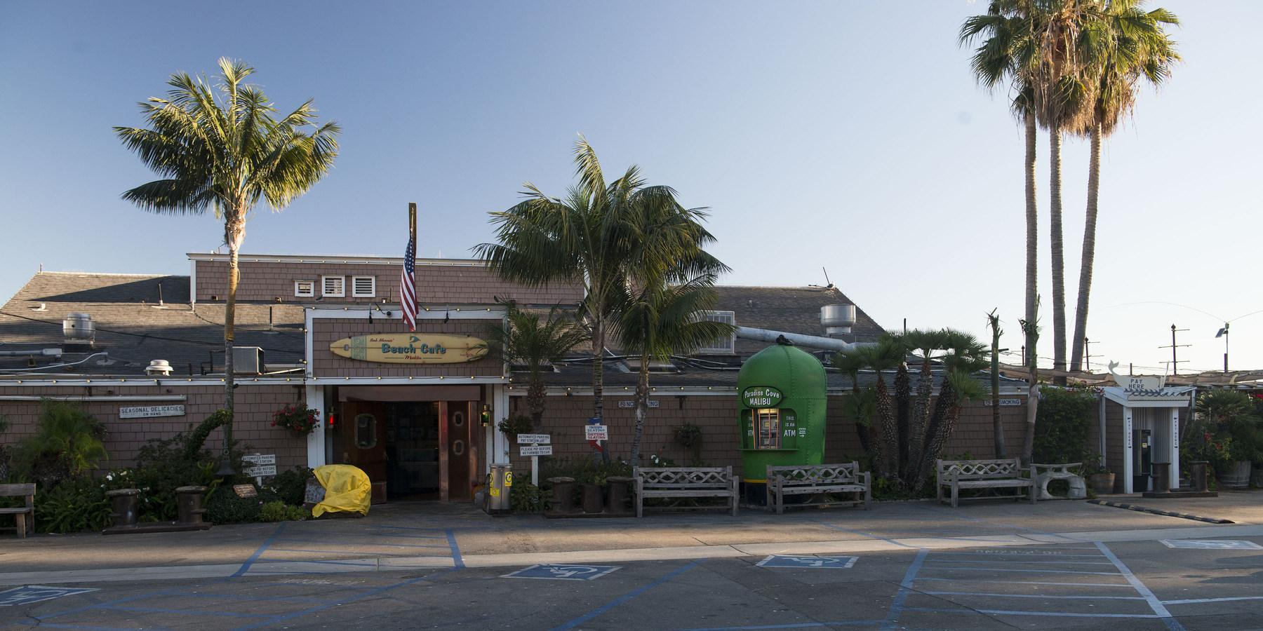 Paradise Cove Beach Cafe Parking
