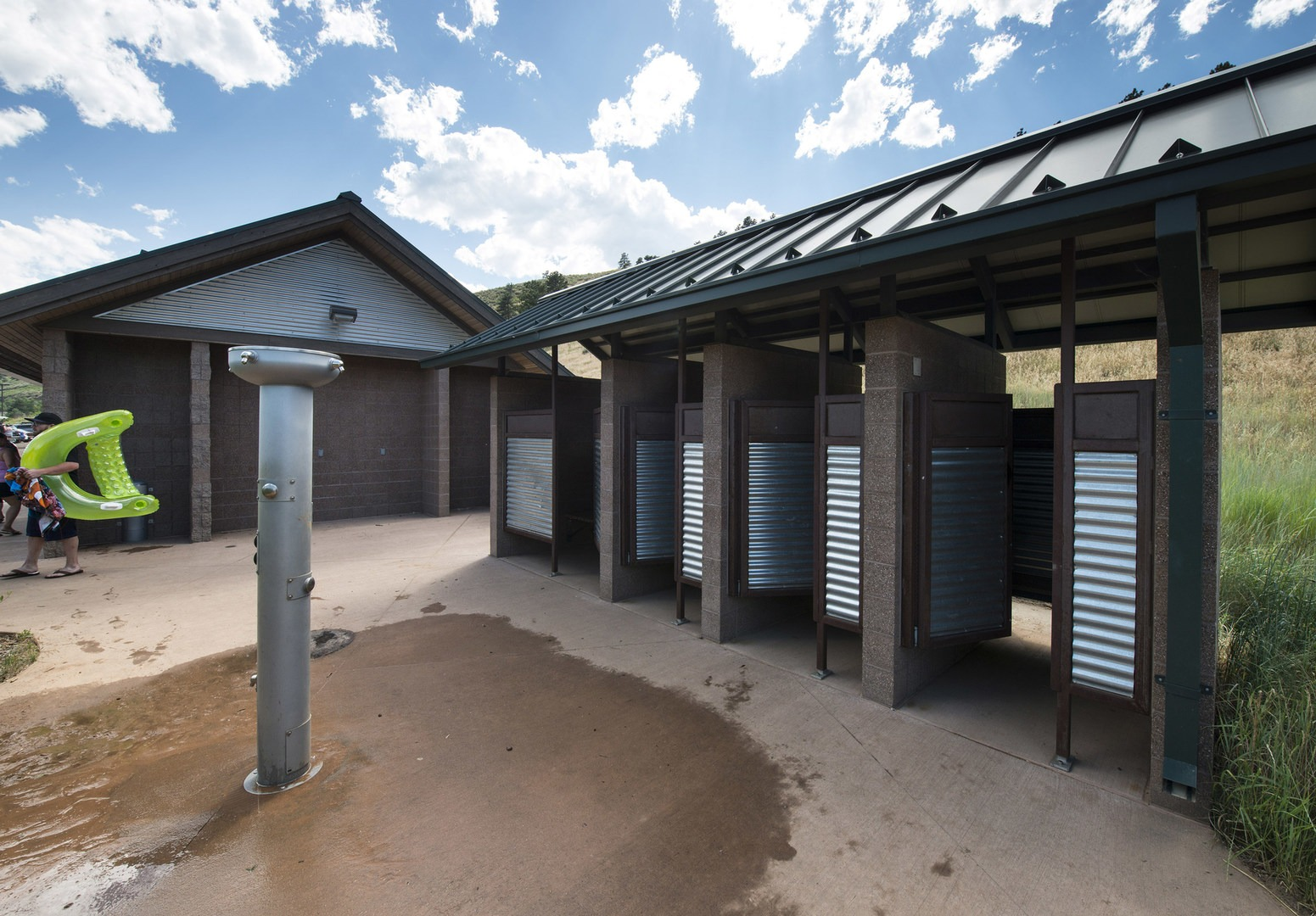 South · Outdoor Showers, Changing Rooms And Restrooms At South Bay Day Use  Area, Horsetooth Reservoir ...
