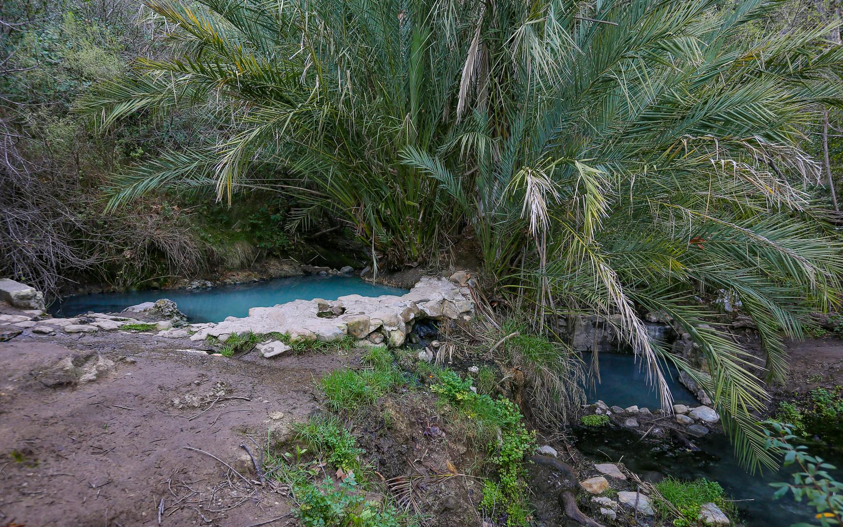 Hike to the Gaviota Hot Springs in Santa Barbara-Hidden
