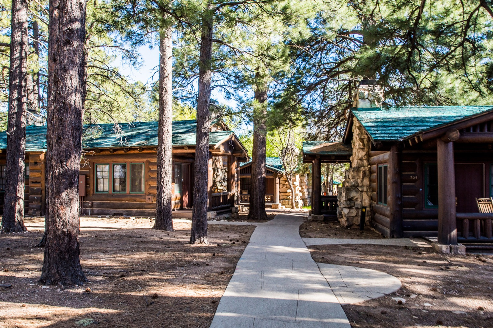 The North Rim Cabins.  Bright Angel Point ...