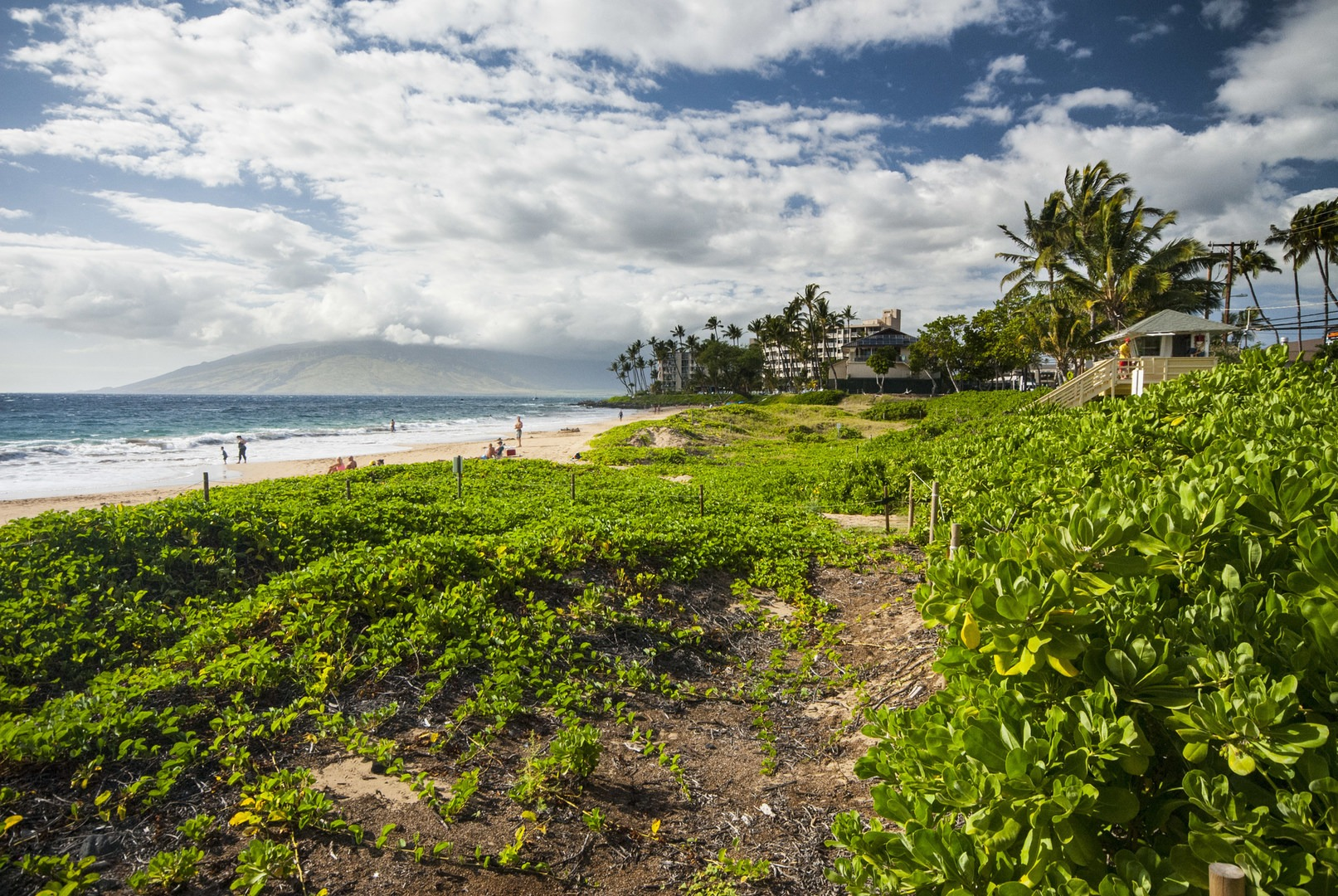 Ole View Of Beach Park 2 With The West Maui Mountains In Distance