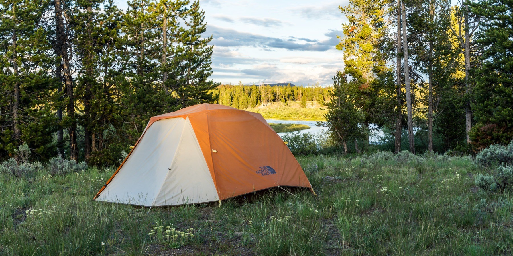 A Guide to Campgrounds in Yellowstone National Park ...