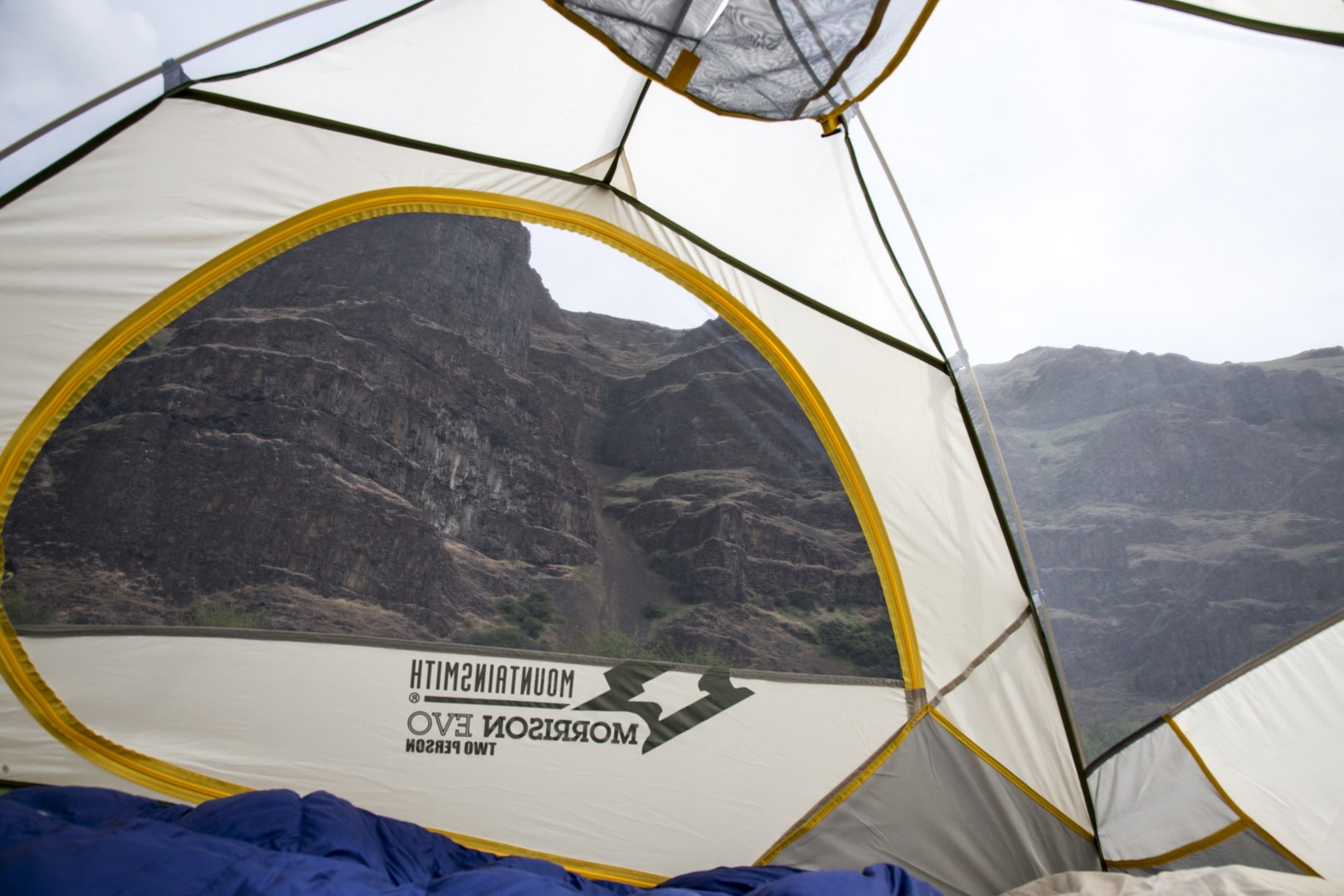 ... 68d mesh and 185t breathable polyester make for durable tent walls.- Mountainsmith Morrison Evo ... & Mountainsmith Morrison Evo 2 - Outdoor Project