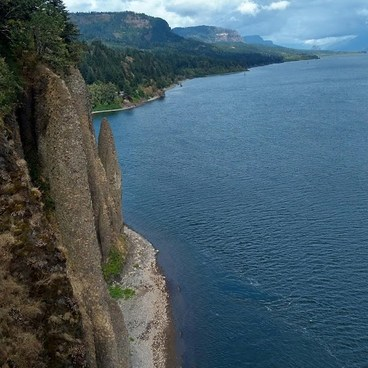Columns of the Gorge!- Cape Horn Loop Hike
