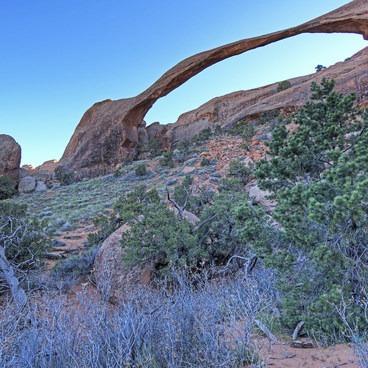 Landscape Arch- Devils Garden + Primitive Trail