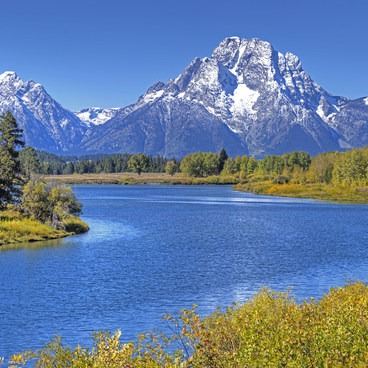 This is the most iconic lookout in the park.- Oxbow Bend