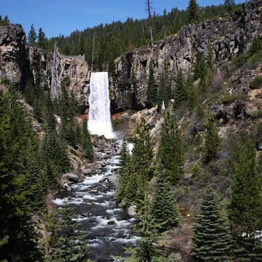 Tumalo Falls + Creek Hike
