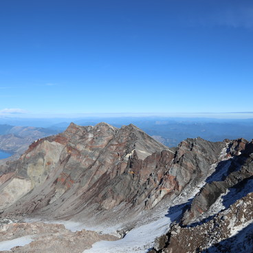 Mt. Rainier and the St. Helens Crater- Mount St. Helens Hike: Monitor Ridge Route