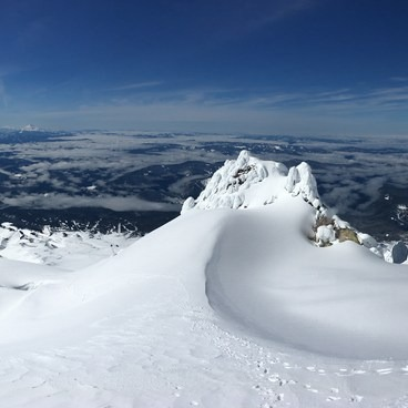 Hogsback at the end of March 2017- Mount Hood South Route: Pearly Gates