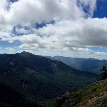 Chinidere Mountain + Wahtum Lake Hike