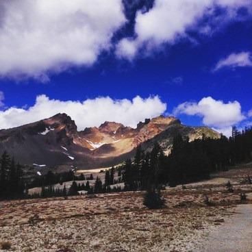 Looking into Broken Top- Broken Top Crater Hike
