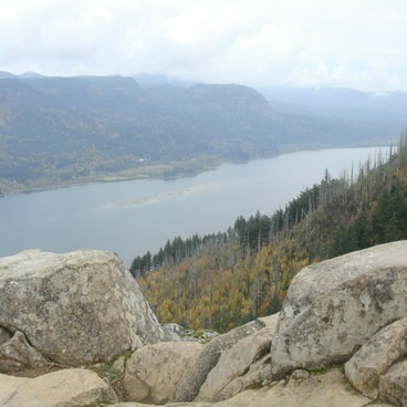Angels Rest + Foxglove Way Hike