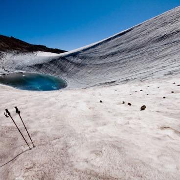 Teardrop Pool - the highest lake in Oregon- South Sister Hike