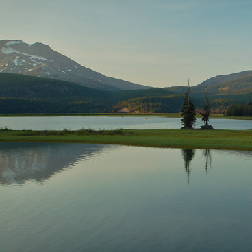 Late afternoon light as the water becomes still- Sparks Lake, Ray Atkeson Memorial Trail Hike