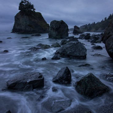 An overcast blue hour over the coast north of Luffenholtz Beach- Luffenholtz Park Lookout Trail