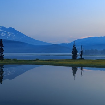 Panorama of a summer sunrise- Sparks Lake