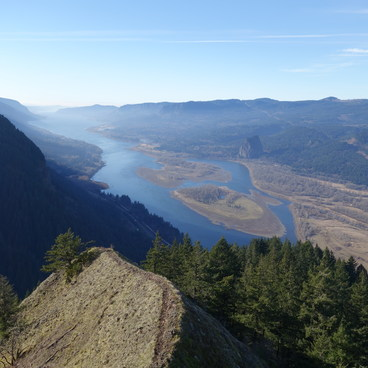 Columbia River Gorge (west view)- Munra Point Hike