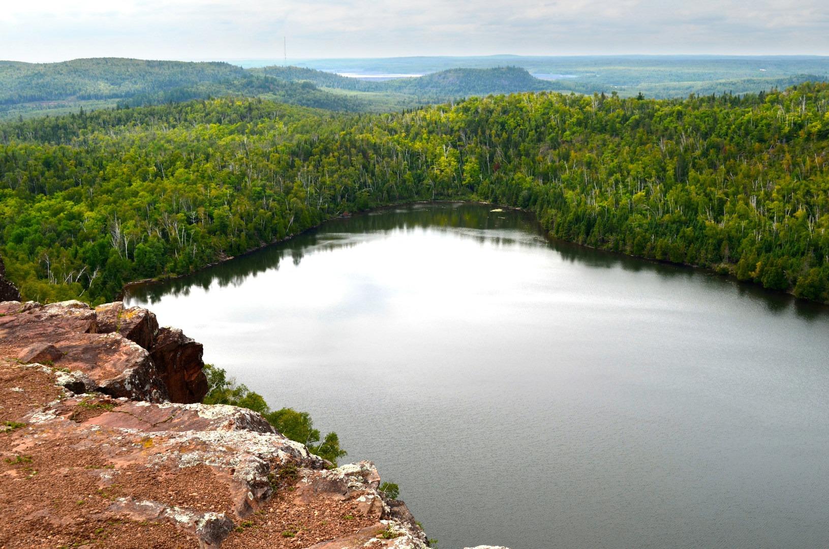 Bean Lake + Bear Lake via the Superior Hiking Trail