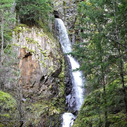 Starvation Ridge Waterfall Loop Hike