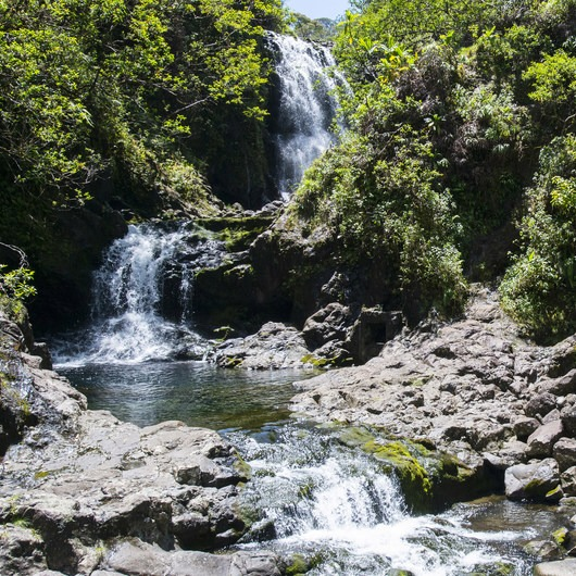 Kopiliula Stream + Falls