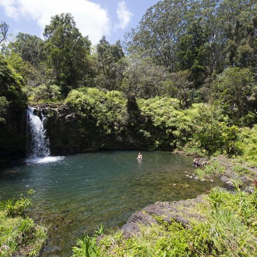 Pua'a Ka'a Falls + State Wayside