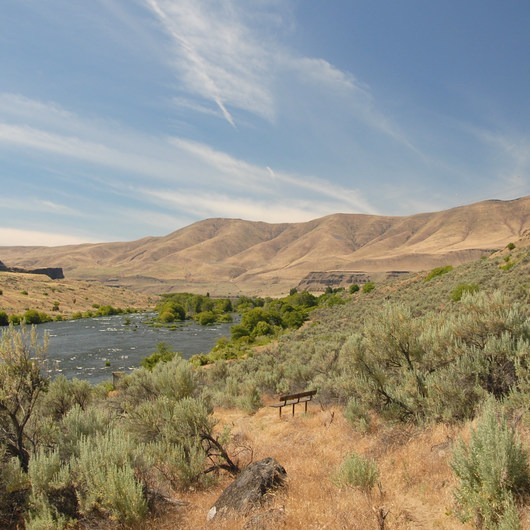 Deschutes River, Ferry Springs Hike