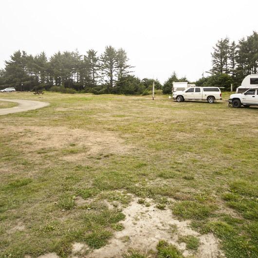 Hobuck Beach Resort + Campground