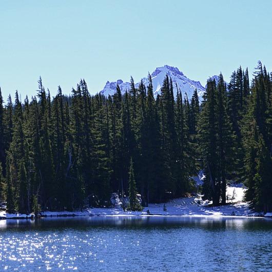 Demaris Lake
