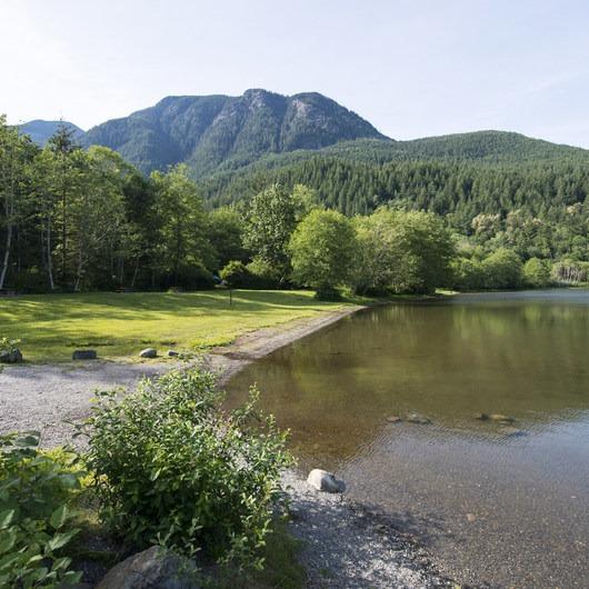 Lakeside (Deer Lake) Campground