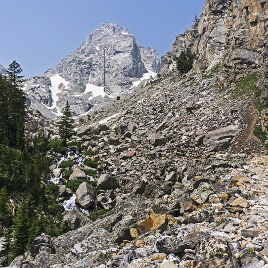 Garnet Canyon Trail to Cleft Falls