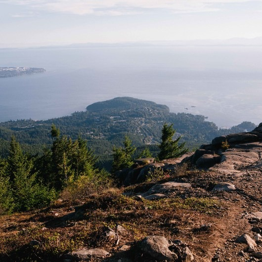 Eagle Bluffs Hike, Cypress Mountain