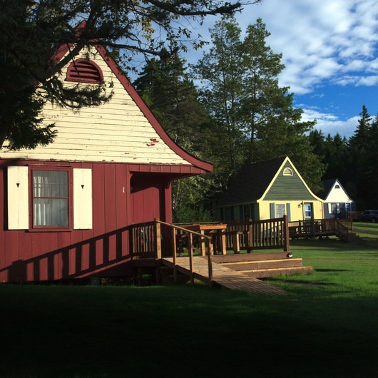 Fundy Highlands Inn and Chalets