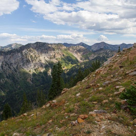 Kessler Peak Loop Hike via Carbonate Pass