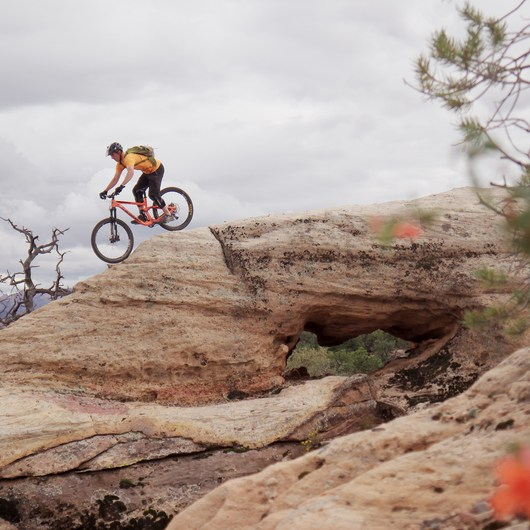 Gooseberry Mesa Mountain Biking: South Rim, Hidden Canyon + White Trail