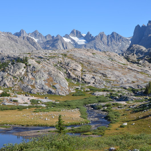 Titcomb Basin via Island Lake