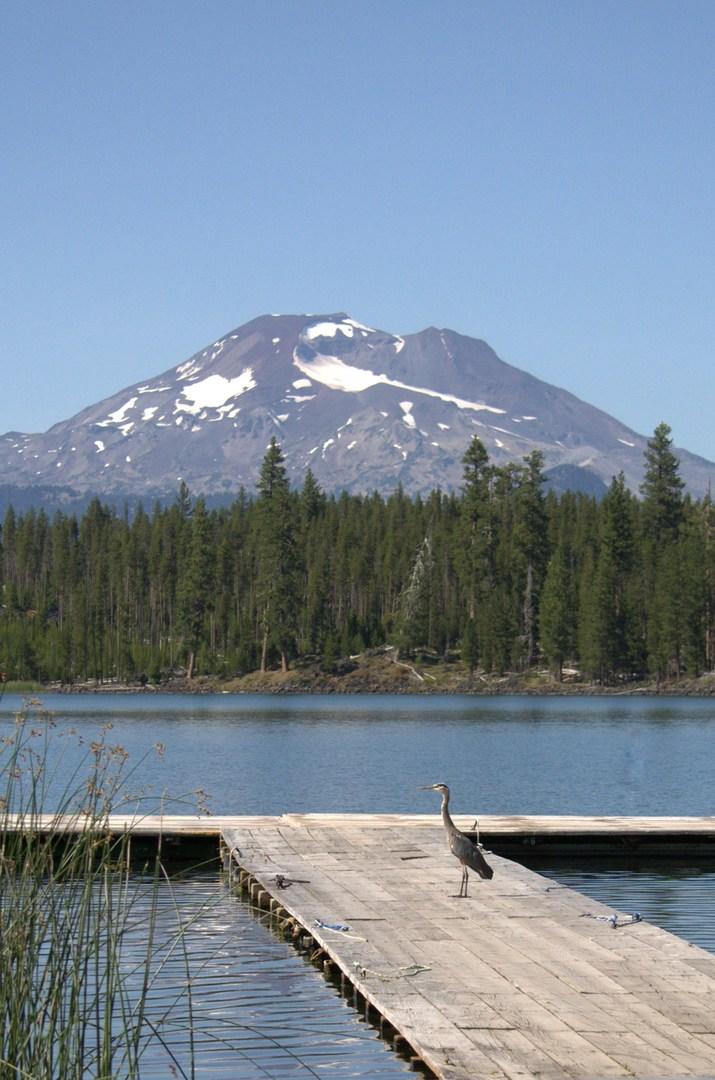 Lava Lake - paddling in Oregon