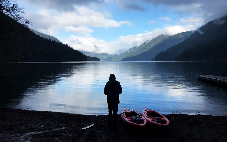 Easy put in access near Fairholme Campground. Facing east. View of Lake  Crescent ...