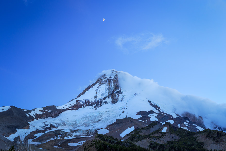 Map Of Oregon Mountain Ranges%0A Light fades during blue hour as the moon brightens above Mt Hood as seen  from Cloud Cap