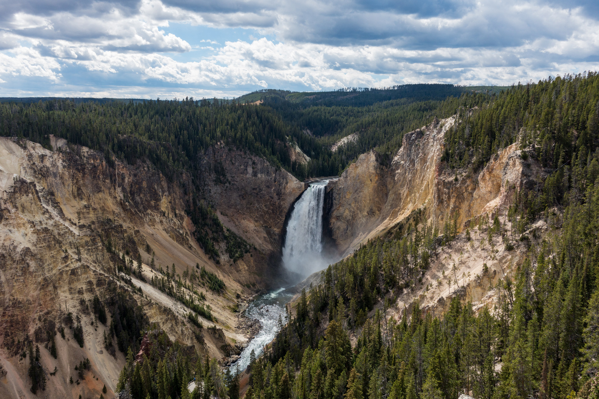 yellowstone national park christian personals For sale, personals  the south idaho press treasure valley christian  yellowstone vacations our local travel guide for yellowstone national park.