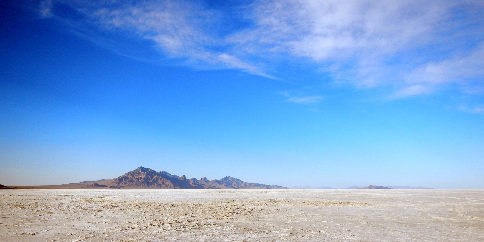 Bonneville Salt Flats | Outdoor Project