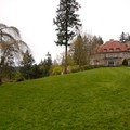 Pittock Mansion.- Pittock Mansion/Upper Macleay Trail