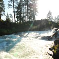 Deschutes River, Dillon Falls.- Deschutes River Trail, Upper Reach Hiking Trail