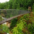 Lava Canyon suspension bridge.- Lava Canyon